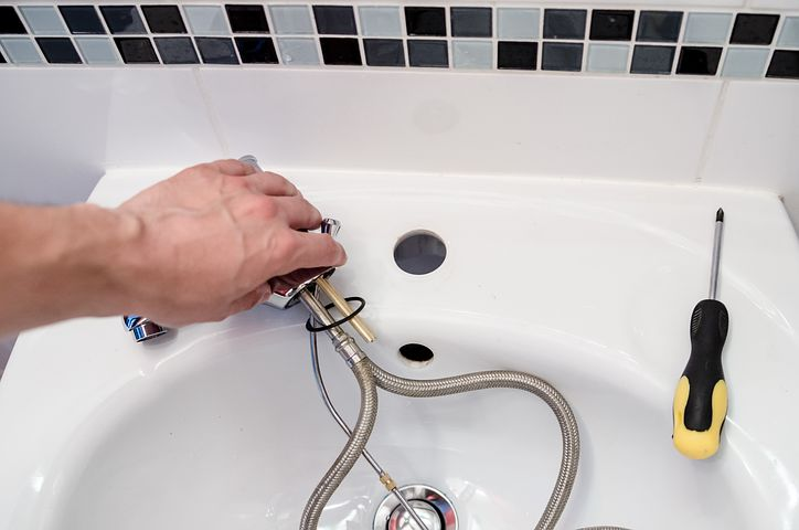 Want a Career in Plumbing? Here's How to Do It