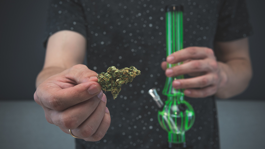 The Advantages Of Using Glass Pipes In Australia Over Other Methods